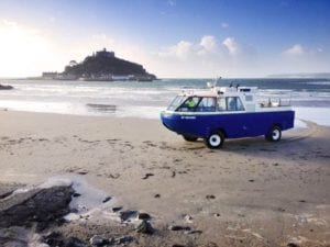 small-stmichaelsmount-amphibious-vehiclei-stock_000021933652